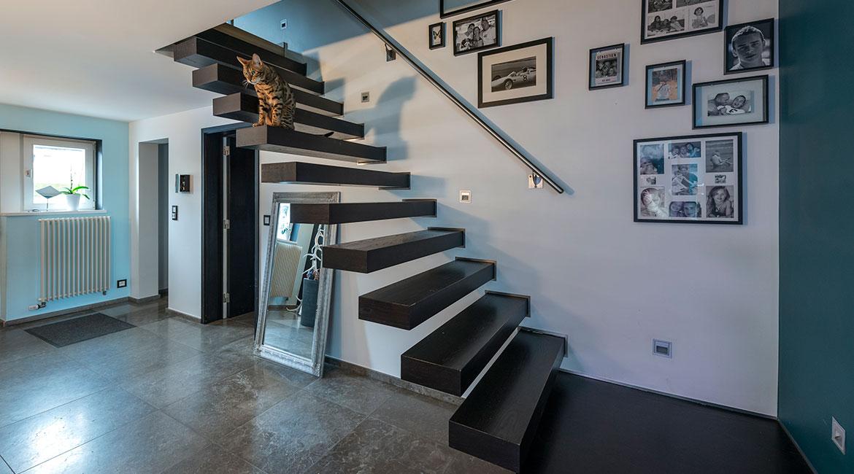 Réalisation escalier suspendu et main courante